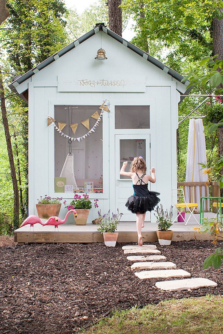 22+ Remarkable Magical Playhouse Kids for Backyard Ideas
